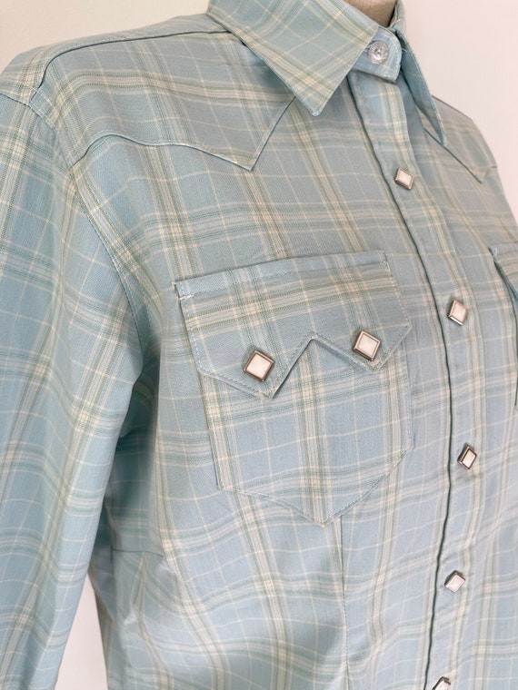 Vintage Mens Western Button down shirt light blue