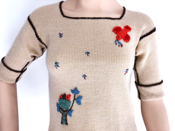 70s Novelty sweater with Birds and Flowers