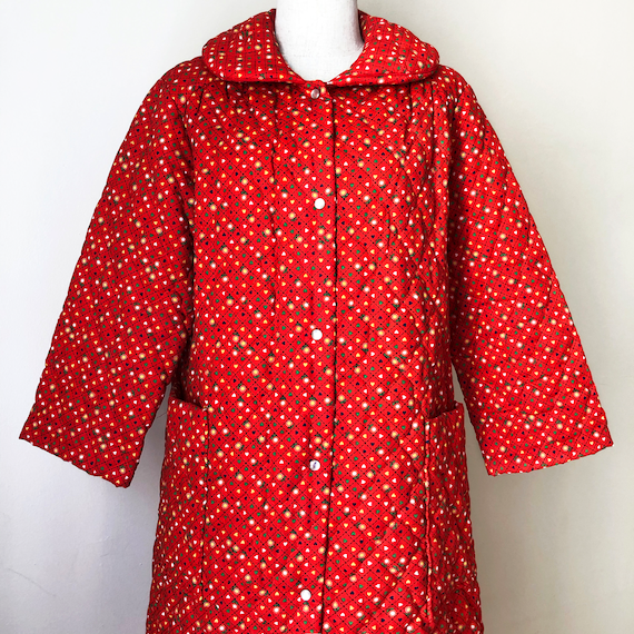 Vintage 70s Red Quilted Jacket Coat Housecoat