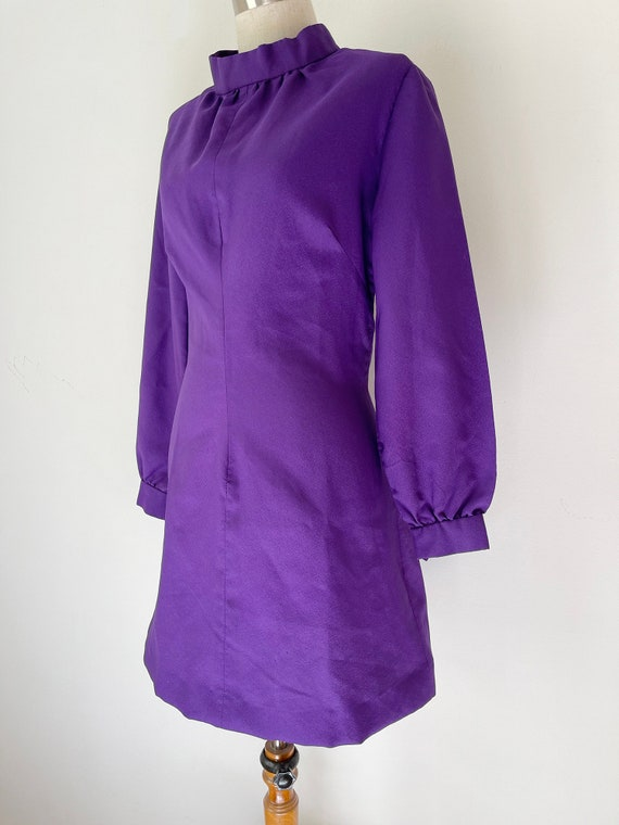 Vintage 1960s Purple Balloon Sleeve Dress // Retro