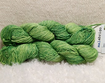50g Douce Olive Green Merino Wool Roving Superfine Merino Wool Roving for Felting and Spinning