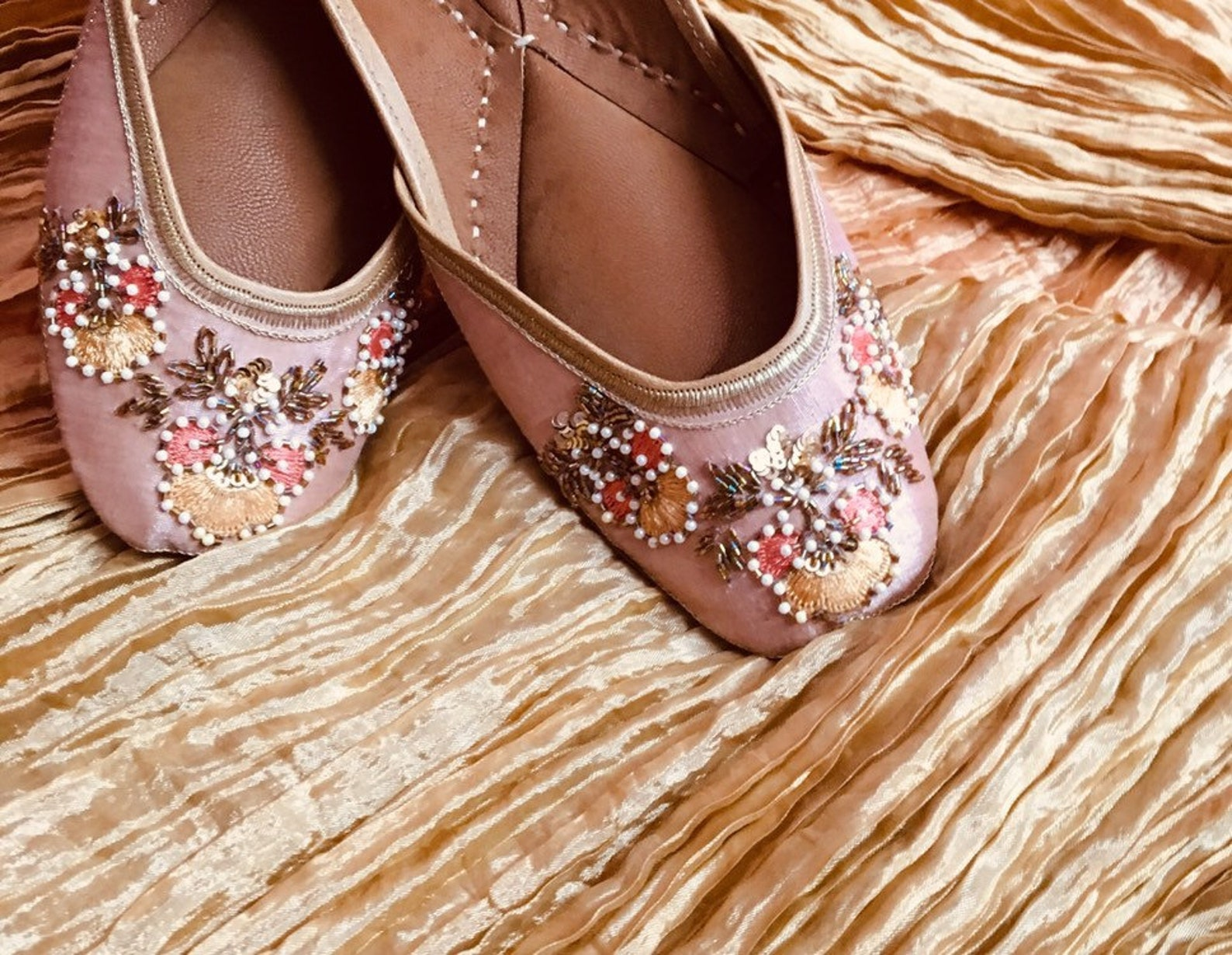 thread embroidered beats jutti |ballet flats | mojaris