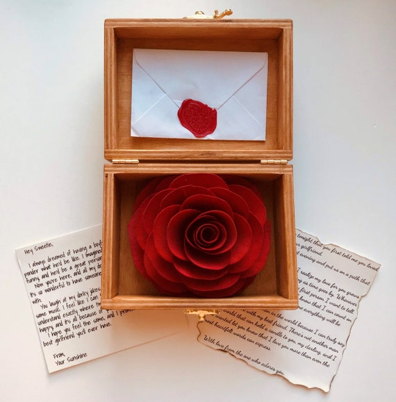 romantic anniversary gifts for her