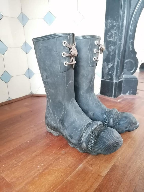 Rare 30s / 40s rubber boots