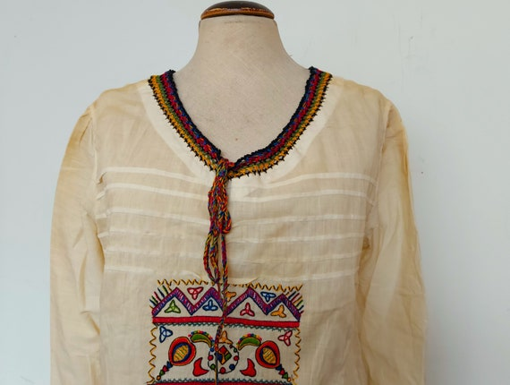 30s / 40s hand embroidered Hungarian peasant blous