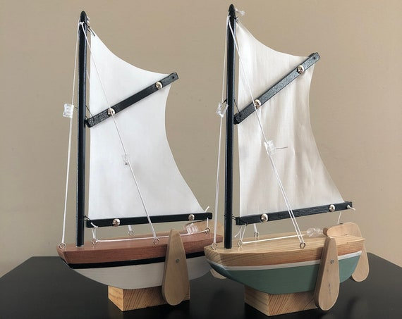 6.5 Inch Model Boat With Stand: Sabot Style, Redwood Hull, Complementary Stand, Pin Striping, Choose Your Color (White, Green, Blue, Red)