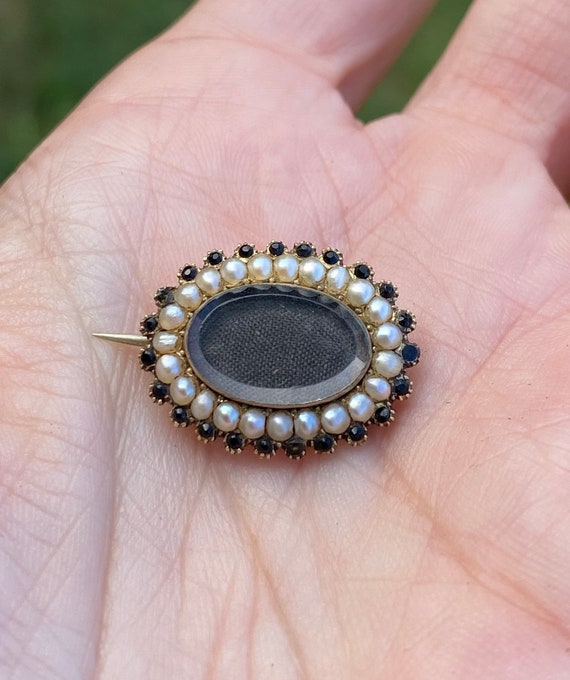 Small Antique Victorian Seed Pearl Mourning Woven