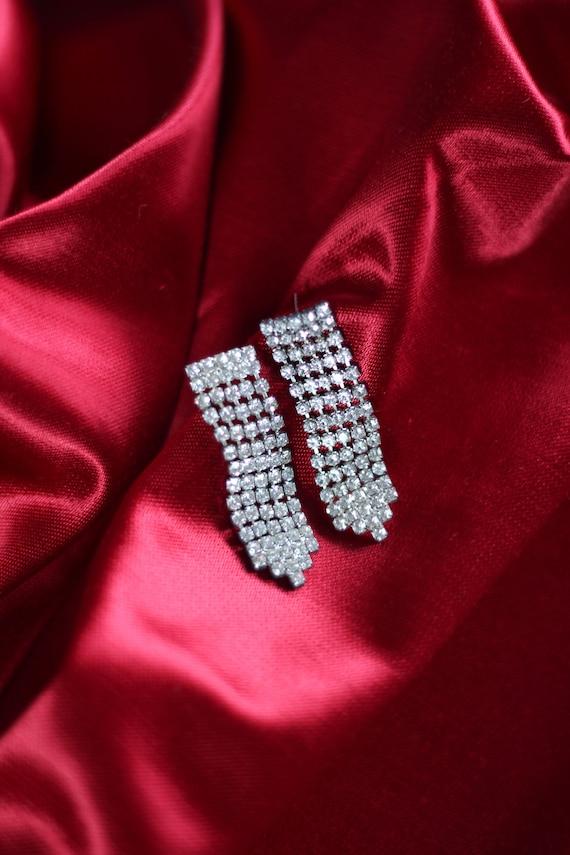 Vintage Dangly Drop Rhinestone Pierced Earrings