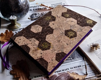 Bee's Grimoire - A5, 400 pages, eco friendly and vegan