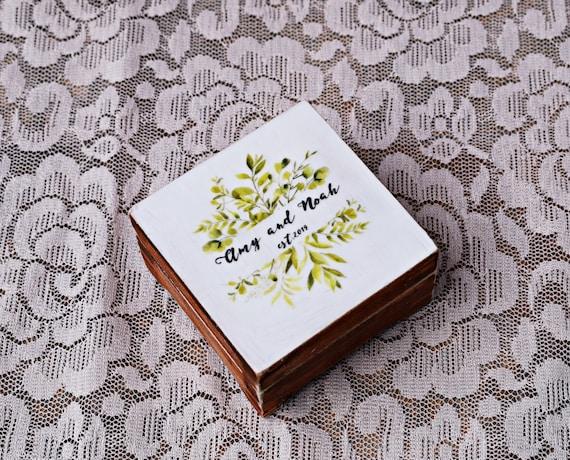 Ring box botanical