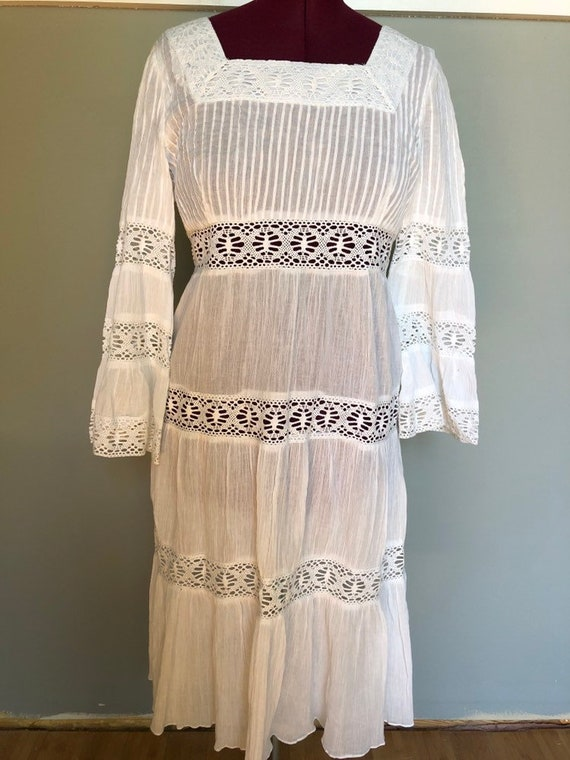Vintage hippie/wedding dress