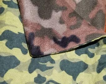 46b1722c43 Double sided camo fleece blanket