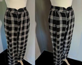 winter pleated trousers size S high waisted wool pants Vtg 90s plaid black and white geek pants