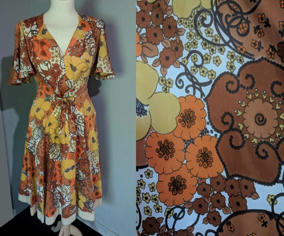 Epic vintage 70s handmade fit and flare dress/ Flo