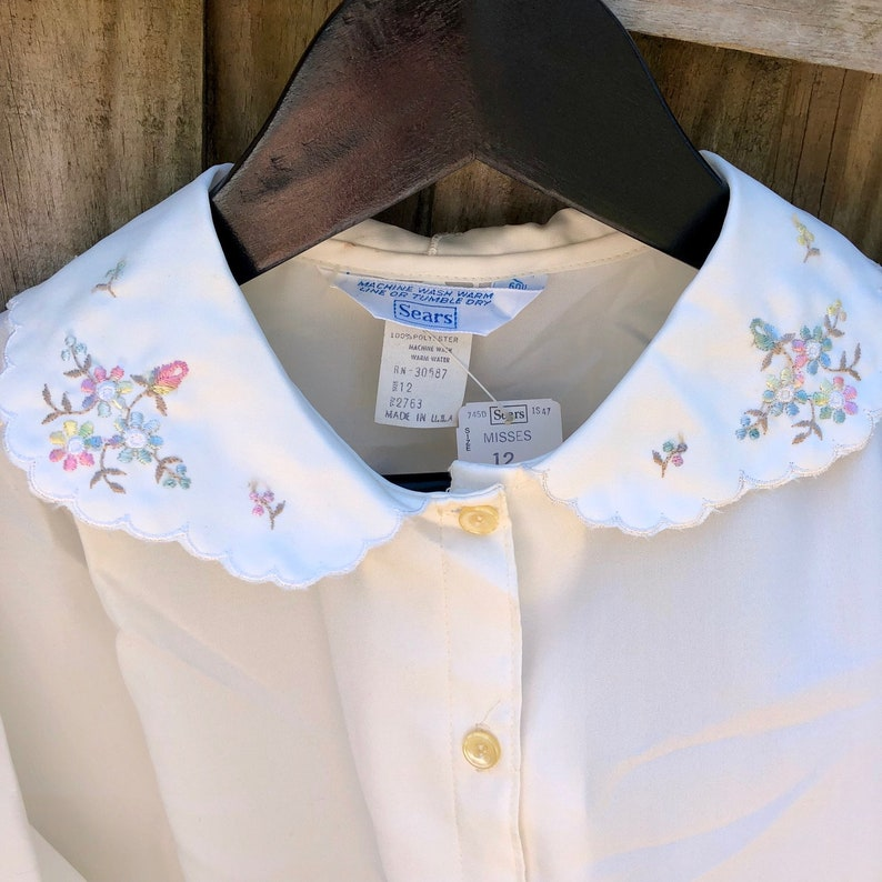 70s New Sears Womens Long Sleeve Blouse 12 Floral Embroidered Peter Pan Collar Retro Hipster Rockabilly NWT Shirt Top 1970s USA Rare Vintage