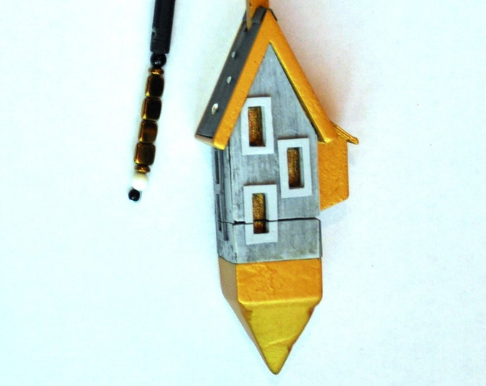 """Necklace """"Loire House Container"""" adjustable"""