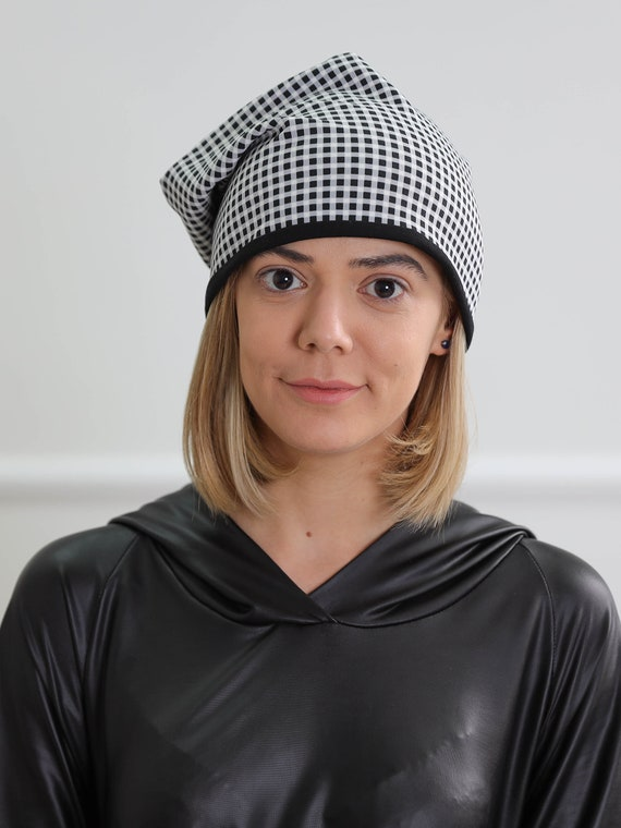 Squared neoprene beanie hat Slouchy squared beanie hat Black and white hat
