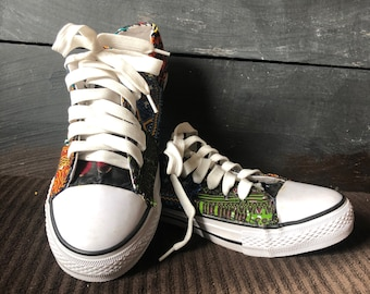 cb38b86ce257 Unisex Multi color low tops  Mens 7.5- Women 9.5-Converse style