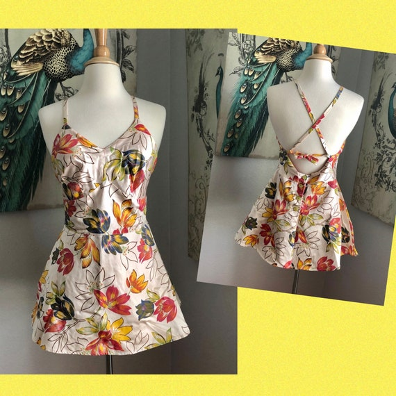 Vintage 1940s Tie Back One Piece Swimsuit M
