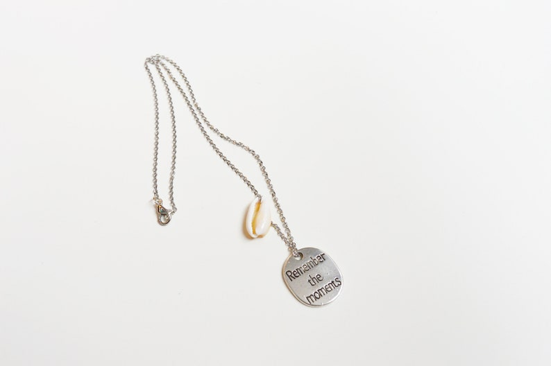 Remember the moments necklace,Cowrie necklace,Shell necklace,Text necklace,Pendant necklace,Seashell necklace,Engraved silver necklace