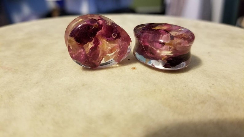 Clear rose plugs 6mm-20mm