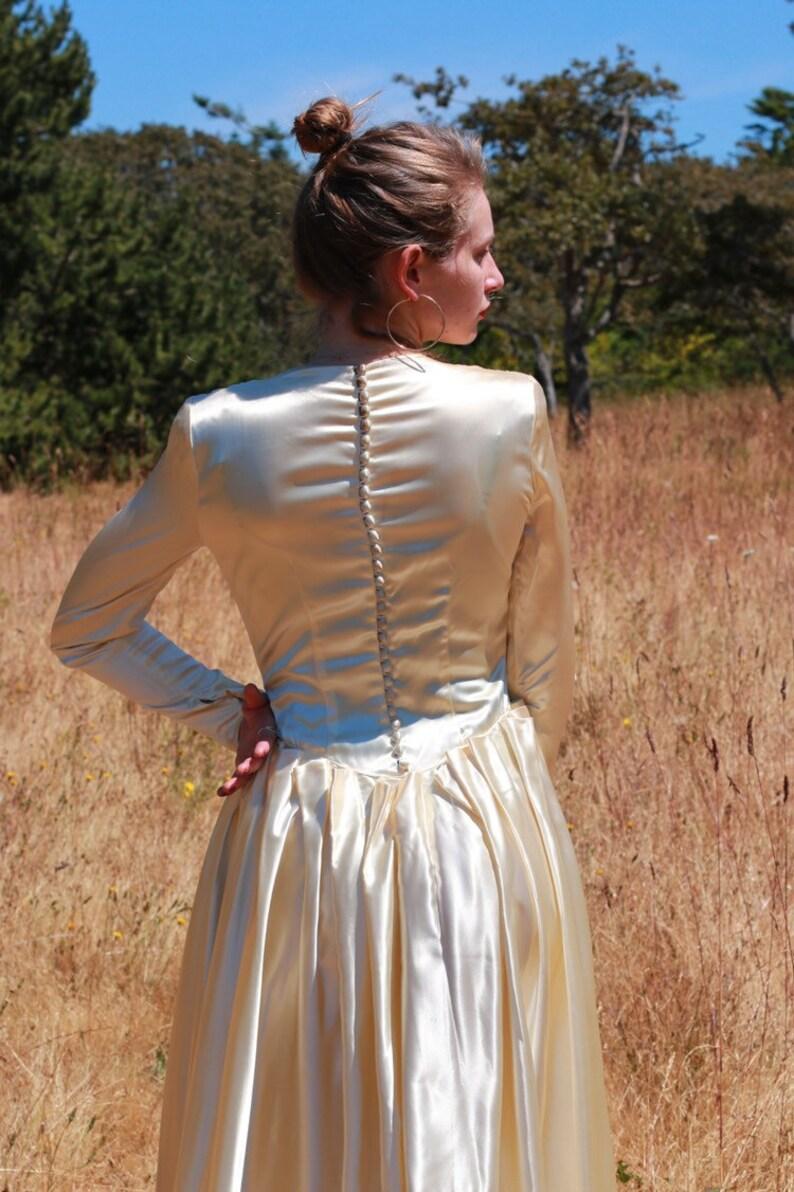 Vintage Shimmering Satin Wedding Gown