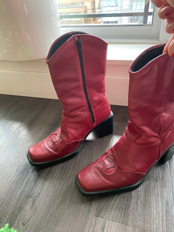 Roots Red Leather Cowboy Boots / Size 39