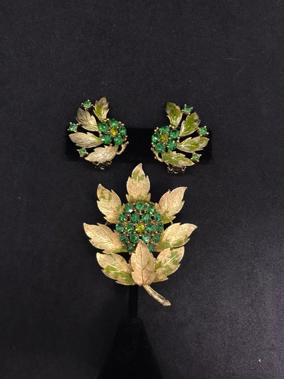 Vintage Signed LISNER  Gold and Green Leaf Rhinestone Earring and Brooch Set