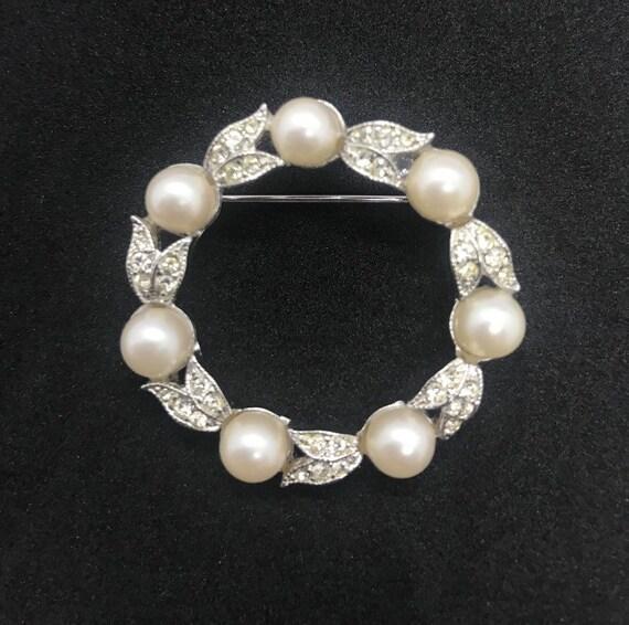 Vintage Rhinestone and Pearl round pin