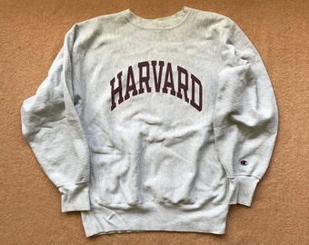 the best attitude 896ee 0e76d Harvard University (Crimson) Sweatshirt – Reverse Weave by Champion –  Vintage 1990s (early) – Size X-Large