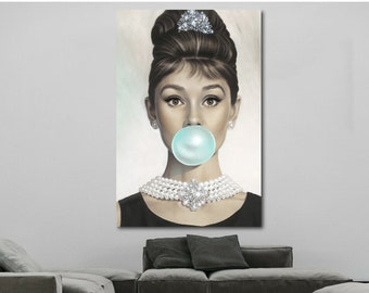 f69d929ceb Audrey Hepburn Gum Canvas Print Breakfast at Tiffany's Wall Colored Pop Art  Canvas Photo Home Decor Vintage Audrey Hepburn Wall Art Beauty
