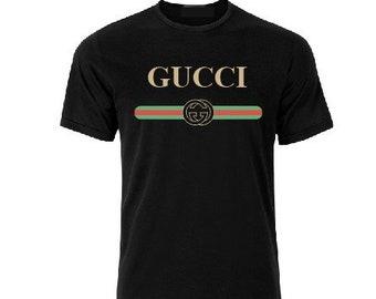 a684e93c86c1 Chemise Gucci, Gucci T shirt, T-shirt inspiré de Gucci, Cucci T-shirt Gucci  Vintage shirt, Gucci T shirt pour les femmes femme homme enfant T shirt  gucci