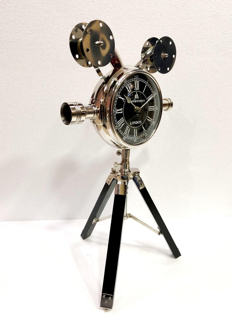 Antique en laiton table stand en bois projecteur horloge style nautique navire maritime Bureau horloge Bureau Decor