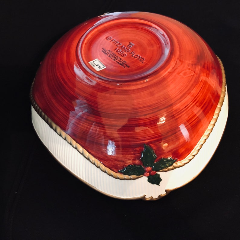 Fitz and Floyd 1989 Old Time Christmas Large Triangle Bowl