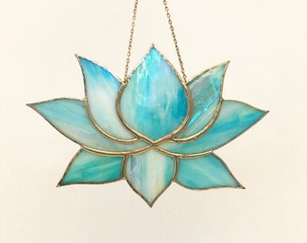 Lotus Flower - Iridescent Teal
