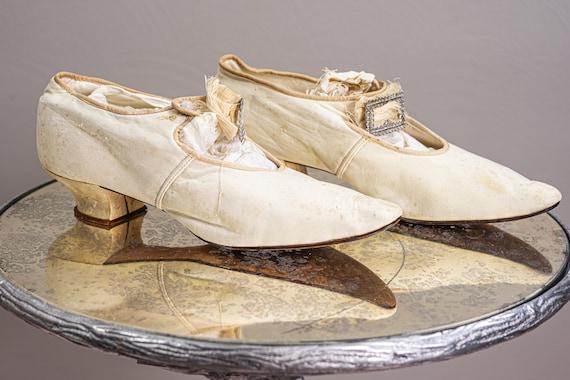 Antique 1900 Edwardian Wedding Shoes, White Kid L… - image 5