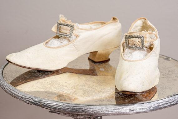 Antique 1900 Edwardian Wedding Shoes, White Kid L… - image 4