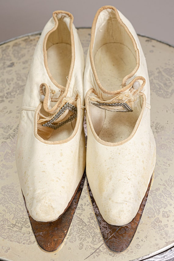 Antique 1900 Edwardian Wedding Shoes, White Kid L… - image 9
