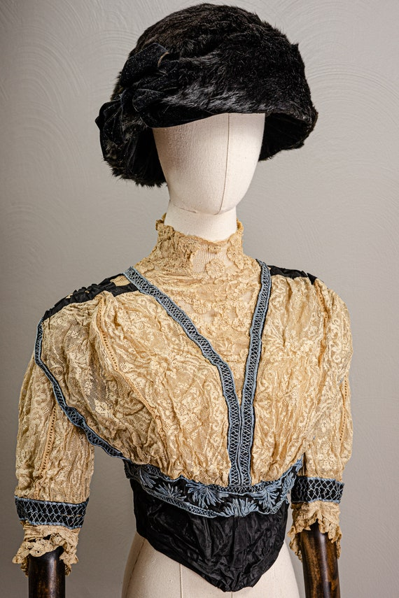 Antique Edwardian Stunning Lace and Embroidered B… - image 2