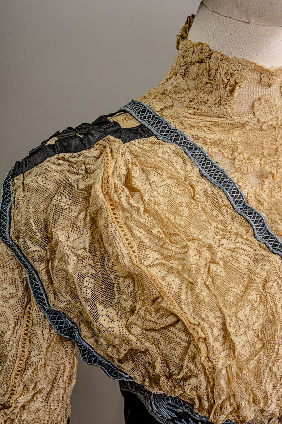 Antique Edwardian Stunning Lace and Embroidered B… - image 4