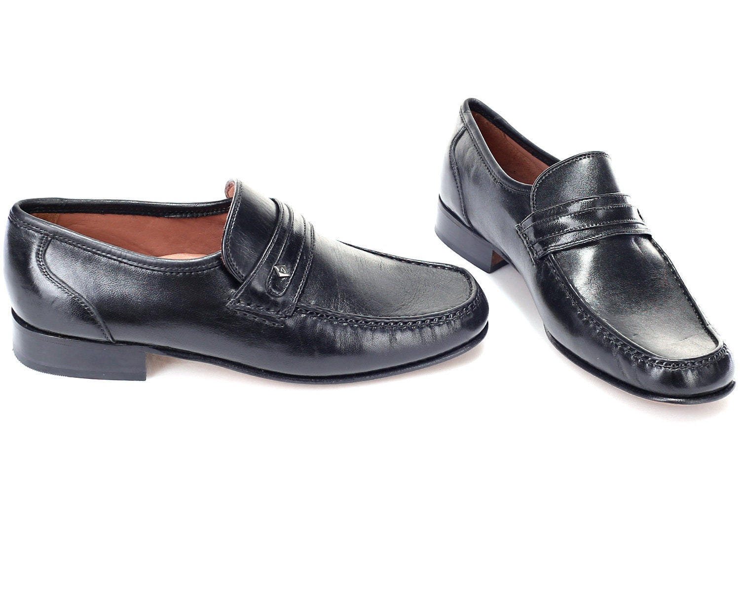 cf9bd1ddc302a Luxury Black Loafers Men 80s Mens Slip On Flats Leather Shoes Leather Soles  Classic Wedding High Quality Us men 8.5 , Eur 42, UK 8