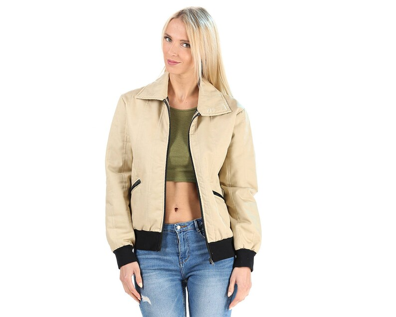 Vintage Bomber Jacket 70s Beige Quilted Retro Puffy Jacket Insulated Zip Up Hipster Soft Cotton Winter Short Blazer Coat Vintage Puff M