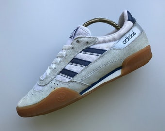 low priced 5b65d 792dc Adidas Indoor Vintage Shoes Rare Sneakers Size UK 6   US 6.5   24.5 cm