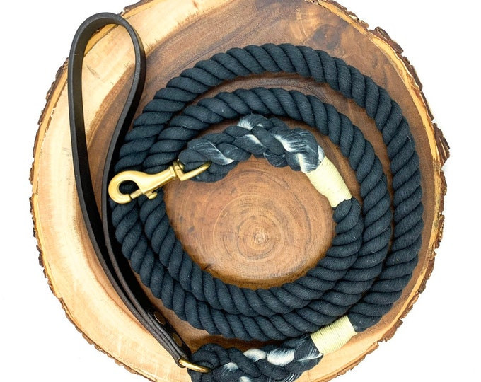 Midnight Leather Strap Leash