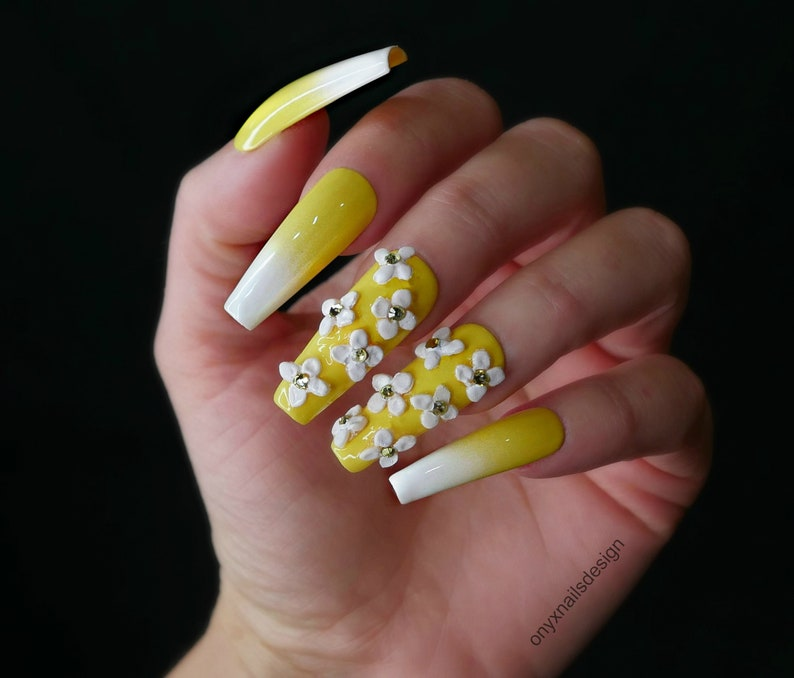 Daisy Yellow Ombre Press On Nails Reusable Summer Fun Long Coffin Glue On  Manicure Swarovski Crystal and Flower Nail Art Handmade Stick Ons
