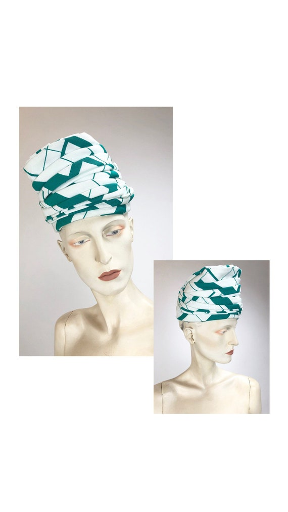 1960s Vintage Hat// Pillbox hat// Green and white
