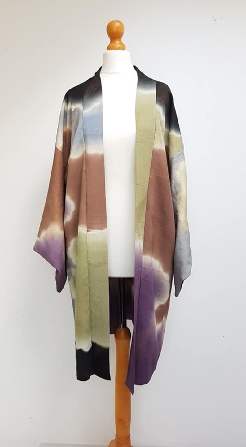multi color gradation ombre dyeing Kimonocloud /& gold  embroidery crane pattern Haori Nagabaoriwave pattern liningJapanese vintage