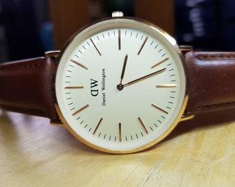 cc9dd876201110 Daniel Wellington Sheffield Rose Gold Unisex Orologio regalo orologio ,  regalo di nozze , orologio gioielli di moda in vendita