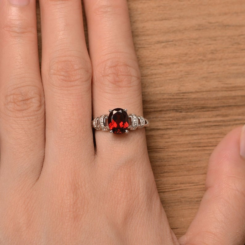 Wedding Ring Natural Garnet Ring Red Gems January Birthstone Ring Oval Cut Gemstone Sterling Silver Ring Western Jewelry Promise Day Ring