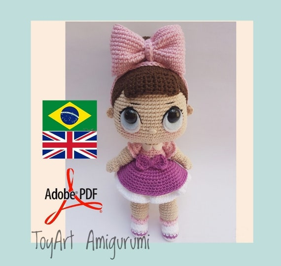 Free Crochet Doll Pattern- The Friendly Grace - thefriendlyredfox.com | 540x570